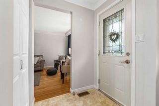 Photo 5: 784 N Central Park Boulevard in Oshawa: Centennial House (Backsplit 3) for sale : MLS®# E5257874