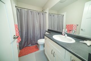 """Photo 13: 24412 113A Avenue in Maple Ridge: Cottonwood MR House for sale in """"MONTGOMERY ACRES"""" : MLS®# R2222184"""