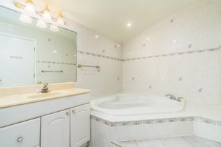 Photo 18: 5808 HOLLAND Street in Vancouver: Southlands House for sale (Vancouver West)  : MLS®# R2612844