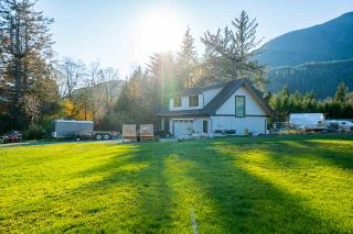 Photo 39: 41605 - 41611 GRANT Road in Squamish: Brackendale House for sale : MLS®# R2520368
