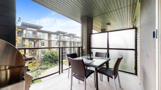 """Photo 18: 313 7418 BYRNEPARK Walk in Burnaby: South Slope Condo for sale in """"GREEN"""" (Burnaby South)  : MLS®# R2501039"""