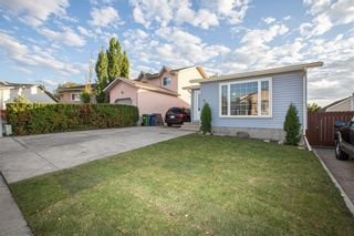 Photo 1: 59 EMBERDALE Way SE: Airdrie Detached for sale : MLS®# C4305530