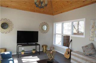 Photo 8: 102 Cobourg Avenue in Winnipeg: Glenelm Residential for sale (3C)  : MLS®# 1808339