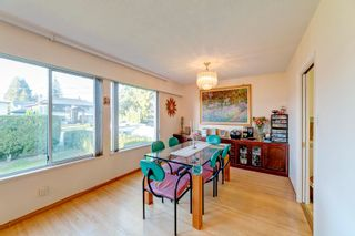 Photo 2: 1360 GROVER Avenue in Coquitlam: Central Coquitlam House for sale : MLS®# R2616064