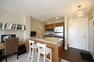 """Photo 3: 318 1211 VILLAGE GREEN Way in Squamish: Downtown SQ Condo for sale in """"ROCKCLIFF AT EAGLEWIND"""" : MLS®# R2372303"""