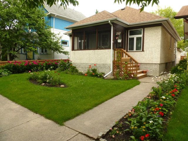 Welcome to 212 Aubrey St. in Wolseley