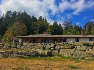 Photo 2: 127 MONTAGUE Road: Galiano Island House for sale (Islands-Van. & Gulf)  : MLS®# R2300954