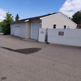Photo 2: 118 Pinetree Bay NE in Calgary: Pineridge Detached for sale : MLS®# A1132573