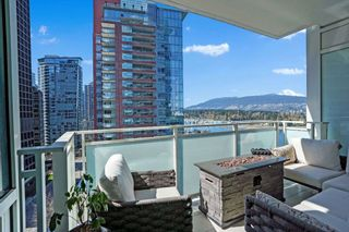 """Photo 9: 1104 1139 W CORDOVA Street in Vancouver: Coal Harbour Condo for sale in """"HARBOUR GREEN TWO"""" (Vancouver West)  : MLS®# R2571905"""