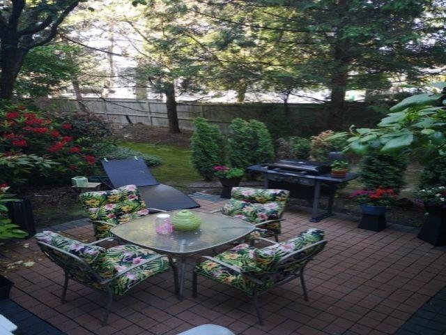 """Main Photo: 104 5488 ARCADIA Road in Richmond: Brighouse Condo for sale in """"Regency Villa"""" : MLS®# R2466010"""