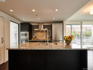 Photo 4: 501 708 Burdett Ave in VICTORIA: Vi Downtown Condo for sale (Victoria)  : MLS®# 818014