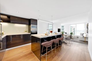 """Main Photo: 3009 777 RICHARDS Street in Vancouver: Downtown VW Condo for sale in """"TELUS GARDENS"""" (Vancouver West)  : MLS®# R2625420"""