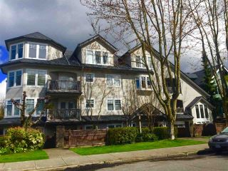 "Photo 1: 104 1989 W 1ST Avenue in Vancouver: Kitsilano Condo for sale in ""Maple Court"" (Vancouver West)  : MLS®# R2257616"