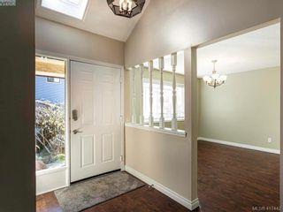 Photo 8: 819 Pepin Pl in VICTORIA: SW Northridge House for sale (Saanich West)  : MLS®# 828187
