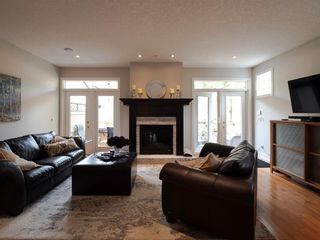 Photo 7: 2722 7 Avenue NW in Calgary: West Hillhurst Semi Detached for sale : MLS®# A1098614