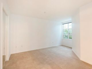 Photo 11: 106 665 W 7TH AVENUE in Vancouver: Fairview VW Condo for sale (Vancouver West)  : MLS®# R2610766