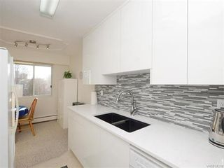 Photo 6: 403 25 Government St in VICTORIA: Vi James Bay Condo for sale (Victoria)  : MLS®# 749293