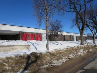 Photo 16: 608 Beresford Avenue in Winnipeg: Lord Roberts Residential for sale (1Aw)  : MLS®# 1905482