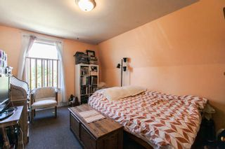 Photo 4: 266 E 17TH AVENUE in Vancouver: Main House for sale (Vancouver East)  : MLS®# R2075031
