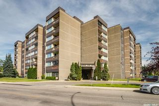 Photo 1: 409 351 Saguenay Drive in Saskatoon: River Heights SA Residential for sale : MLS®# SK851673