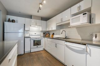 """Photo 16: 305 19131 FORD Road in Pitt Meadows: Central Meadows Condo for sale in """"Woodford Manor"""" : MLS®# R2603736"""