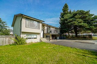 Photo 15: 9349 140 Street in Surrey: Bear Creek Green Timbers House for sale : MLS®# R2331581