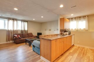 Photo 4: 1714 48 St SE in Calgary: Duplex for sale : MLS®# C3604164