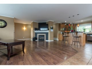 Photo 4: 32910 5TH Avenue in Mission: Mission BC House for sale : MLS®# R2076251