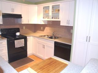 Photo 6: 204 1480 Vidal Street in The Wellington: Home for sale