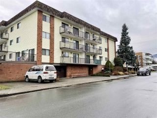 "Main Photo: 108 9417 NOWELL Street in Chilliwack: Chilliwack N Yale-Well Condo for sale in ""THE AMBASSADOR"" : MLS®# R2543787"