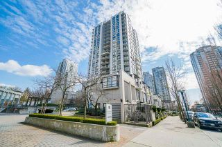 Photo 3: 306 1185 THE HIGH Street in Coquitlam: North Coquitlam Condo for sale : MLS®# R2485510