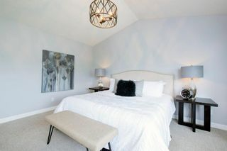 Photo 22: 32 Prominence Park SW in Calgary: Patterson Row/Townhouse for sale : MLS®# A1112438
