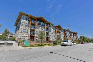 """Photo 3: 308 20219 54A Avenue in Langley: Langley City Condo for sale in """"Suede"""" : MLS®# R2526047"""