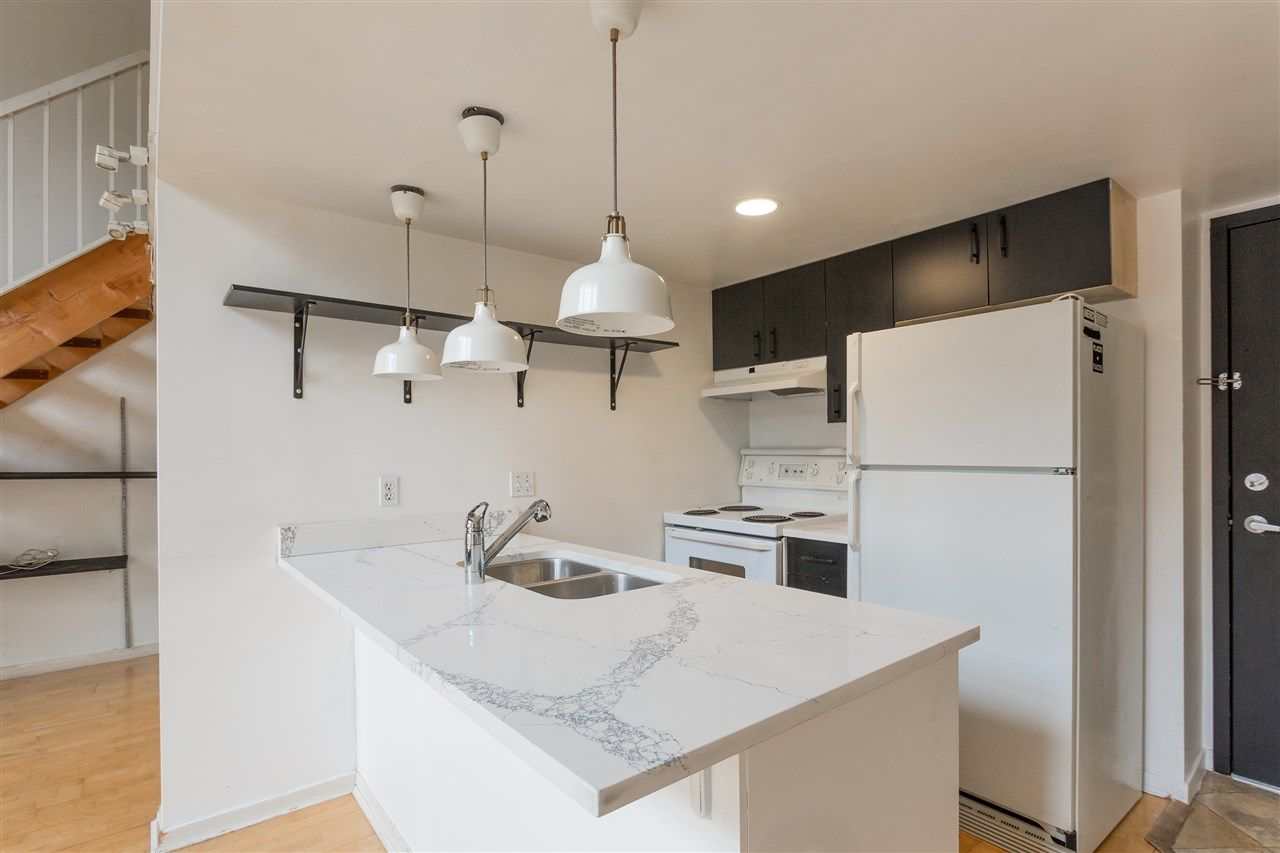 """Photo 6: Photos: 411 22 E CORDOVA Street in Vancouver: Downtown VE Condo for sale in """"Van Horne"""" (Vancouver East)  : MLS®# R2547163"""