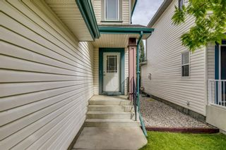 Photo 2: 18 Copperfield Crescent SE in Calgary: Copperfield Detached for sale : MLS®# A1141643