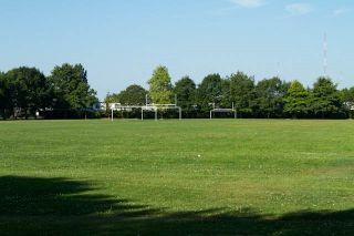 Main Photo: 10260 SPRINGMONT Drive in Richmond: Steveston North House for sale : MLS®# R2417190