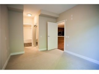 "Photo 7: 104 3294 MT SEYMOUR Parkway in North Vancouver: Northlands Condo for sale in ""NORTHLANDS TERRACE"" : MLS®# V1037846"