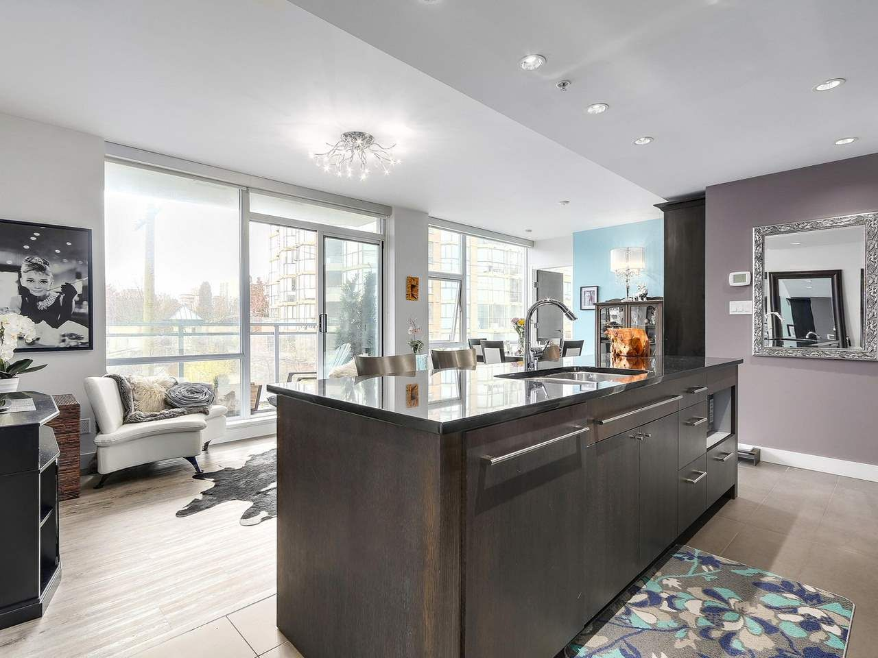 Photo 10: Photos: 401 1455 HOWE STREET in Vancouver: Yaletown Condo for sale (Vancouver West)  : MLS®# R2145939