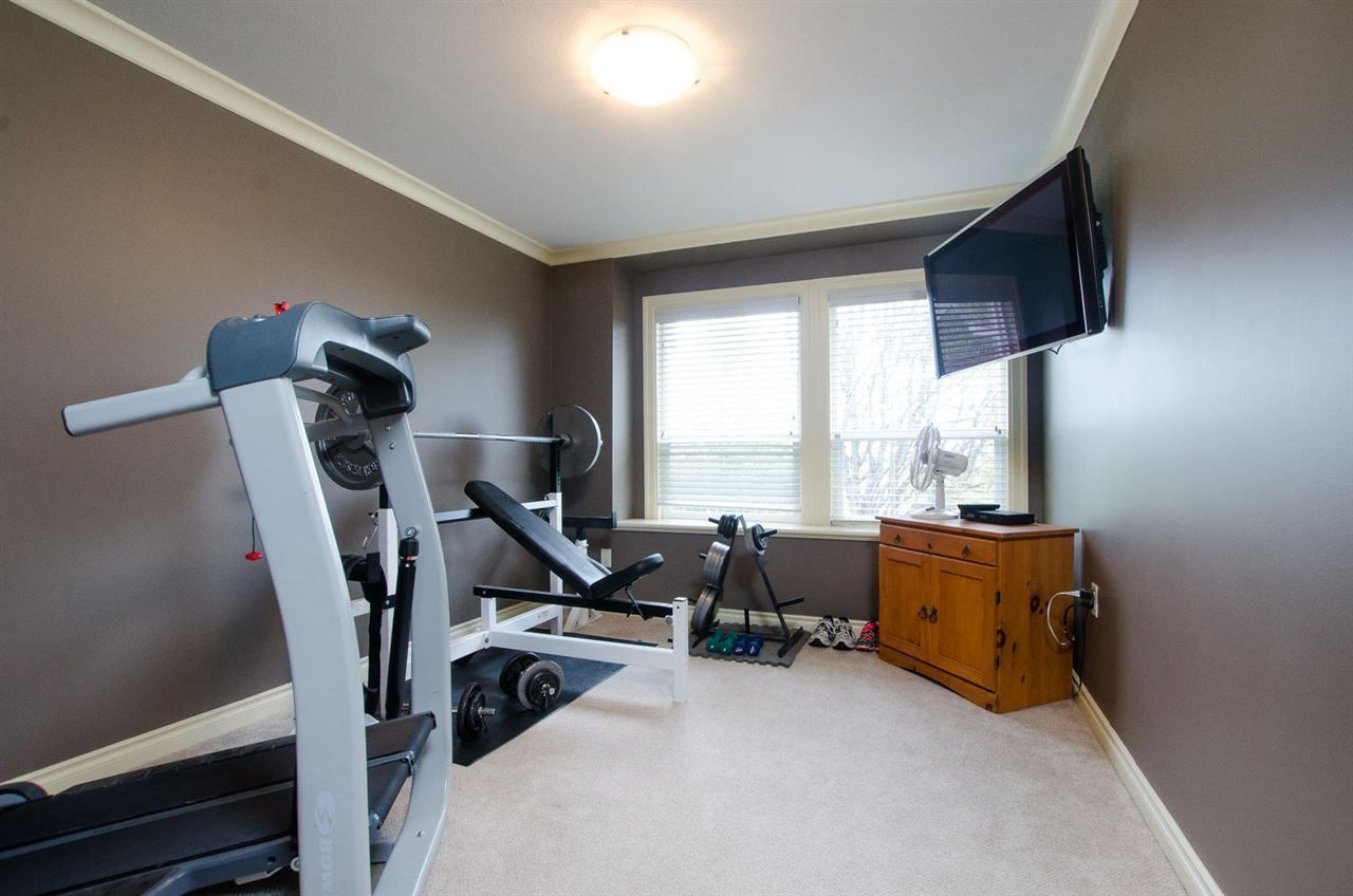 Photo 10: Photos: 4250 ARTHUR Drive in Delta: Delta Manor House for sale (Ladner)  : MLS®# R2239056