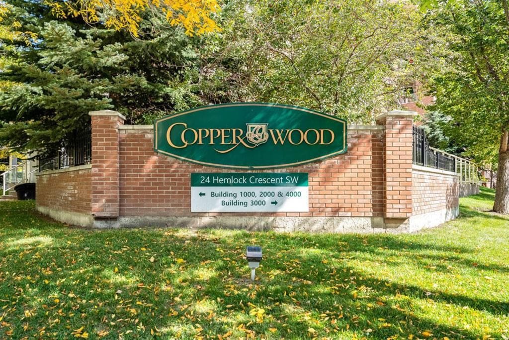 Main Photo: 1402 24 Hemlock Crescent SW in Calgary: Spruce Cliff Apartment for sale : MLS®# A1146724