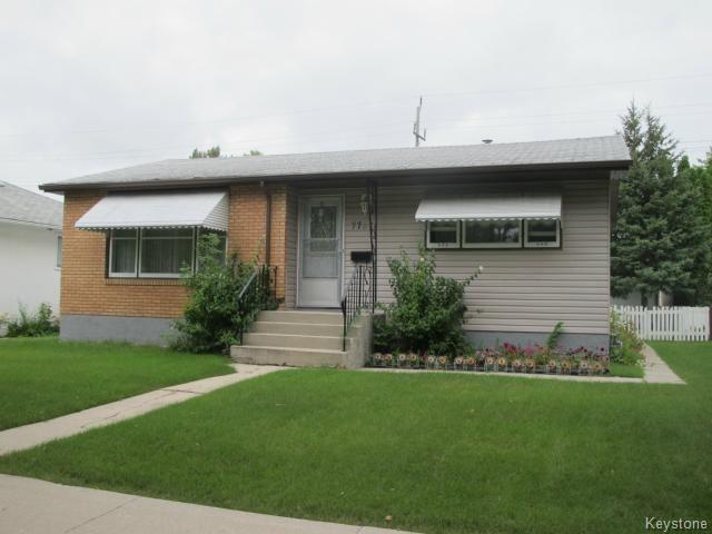 Main Photo:  in WINNIPEG: East Kildonan Residential for sale (North East Winnipeg)  : MLS®# 1421400