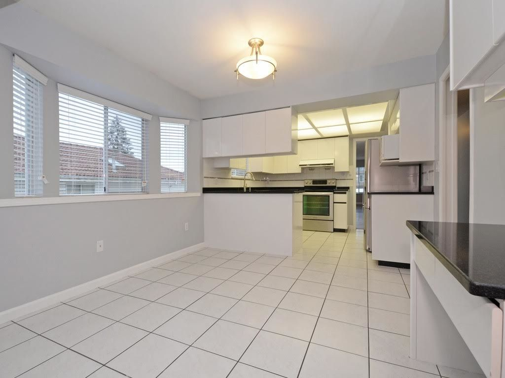 Photo 7: Photos: 5521 NORFOLK Street in Burnaby: Central BN House for sale (Burnaby North)  : MLS®# R2139065