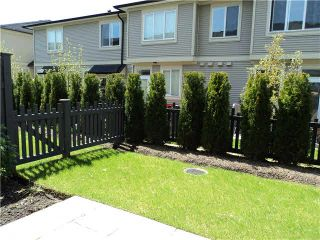 """Photo 9: 98 7938 209TH Street in Langley: Willoughby Heights Townhouse for sale in """"RED MAPLE PARK"""" : MLS®# F1415854"""