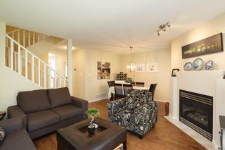 """Photo 2: 59 8701 16TH Avenue in Burnaby: The Crest Townhouse for sale in """"ENGLEWOOD MEWS"""" (Burnaby East)  : MLS®# R2256401"""