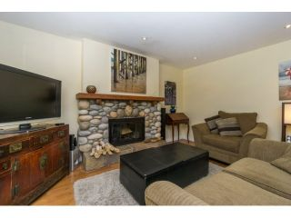 """Photo 13: 12597 20TH Avenue in Surrey: Crescent Bch Ocean Pk. House for sale in """"Ocean Park"""" (South Surrey White Rock)  : MLS®# F1442862"""