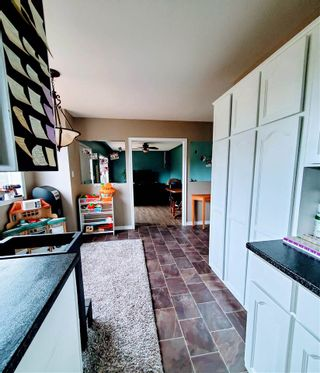 """Photo 25: 5685 BENDIXON Road in Prince George: Pineview House for sale in """"PINEVIEW"""" (PG Rural South (Zone 78))  : MLS®# R2574911"""