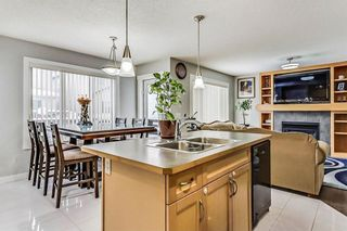 Photo 13: 325 Saddlecrest Way NE in Calgary: Saddle Ridge House  : MLS®# C4149874