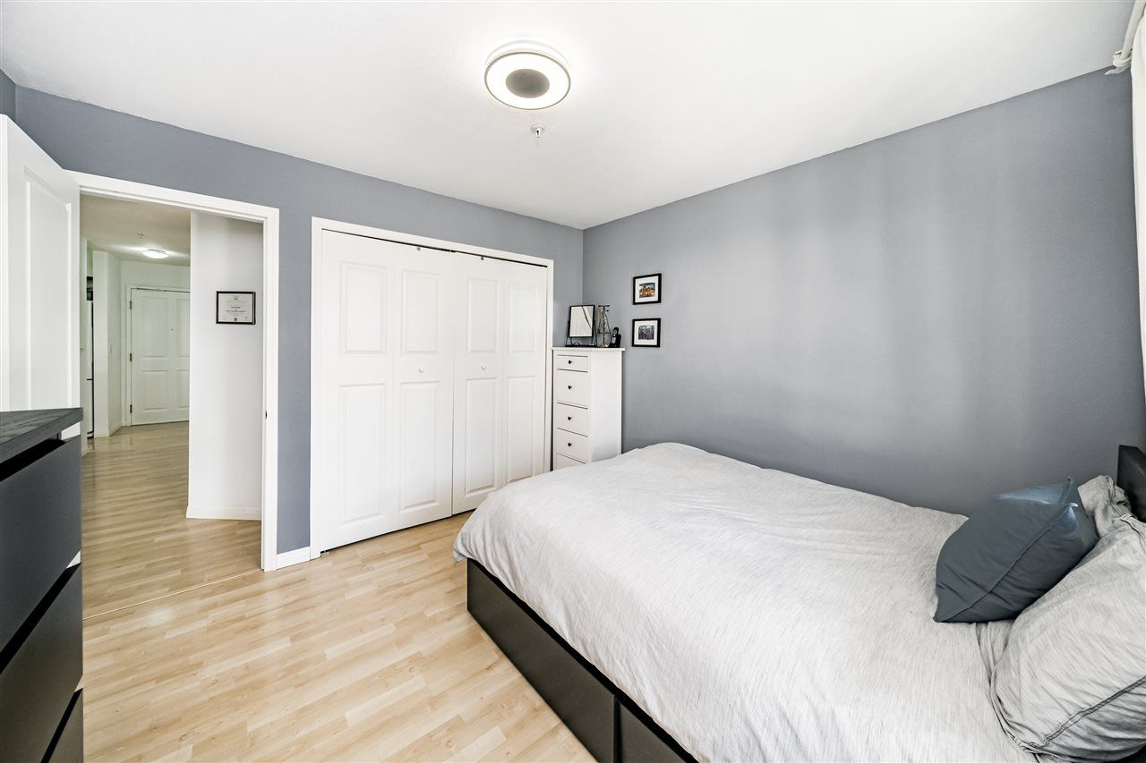 """Photo 14: Photos: 312 10533 UNIVERSITY Drive in Surrey: Whalley Condo for sale in """"Parkview Court"""" (North Surrey)  : MLS®# R2472287"""