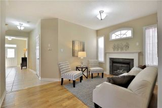 Photo 5: 1007 Sprucedale Lane in Milton: Dempsey House (2-Storey) for sale : MLS®# W3663798
