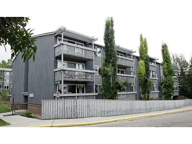 Main Photo: 205 816 89 Avenue SW in CALGARY: Haysboro Condo for sale (Calgary)  : MLS®# C3632405